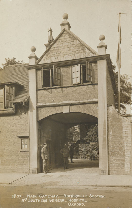 Main gateway, Somerville. Image courtesy of the Principal and Fellows of Somerville College, Oxford.